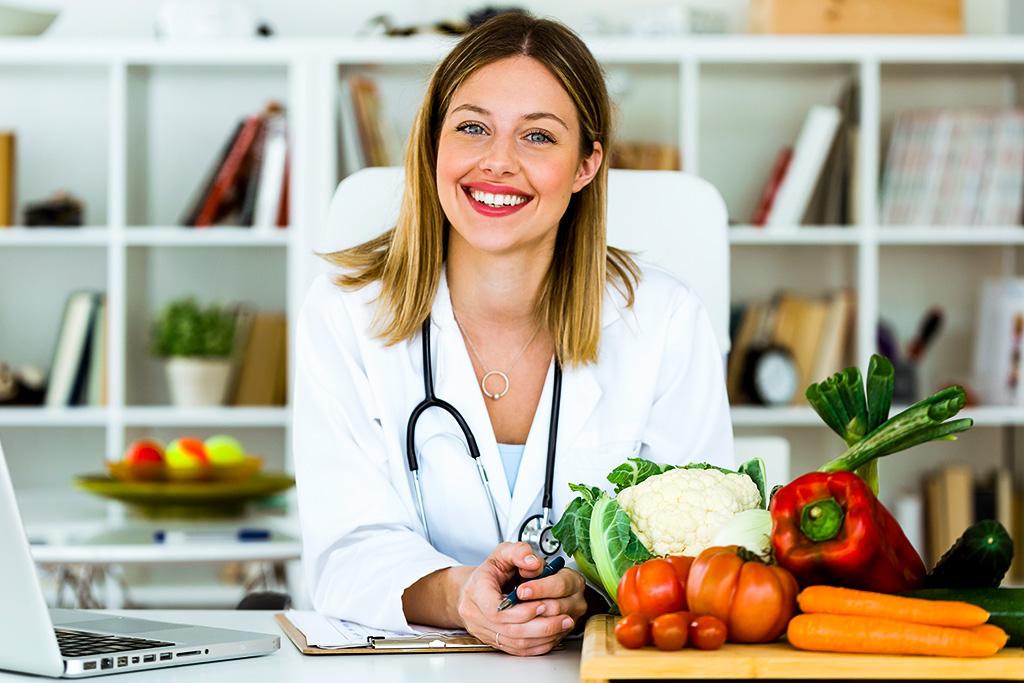 Nasıl Sağlıklı ve Dengeli Beslenebiliriz?